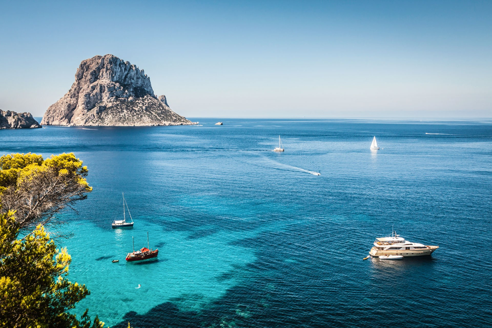 Top 10 Reasons To Visit Ibiza This Summer! - O Beach Ibiza