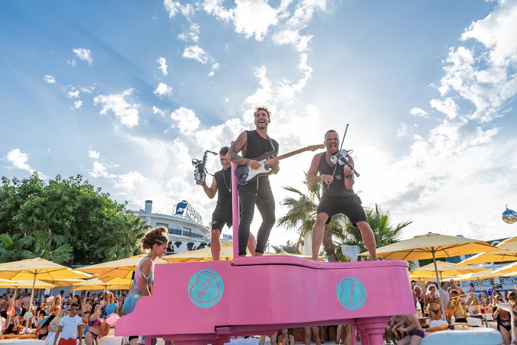 O Beach Ibiza LIVE Musicians