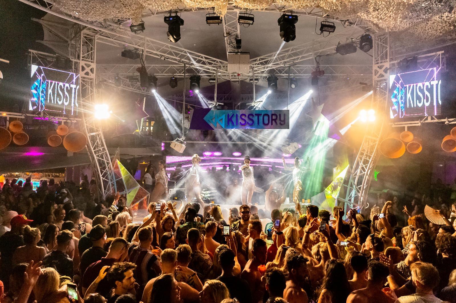 Kisstory with Dixon Brothers - O Beach Ibiza